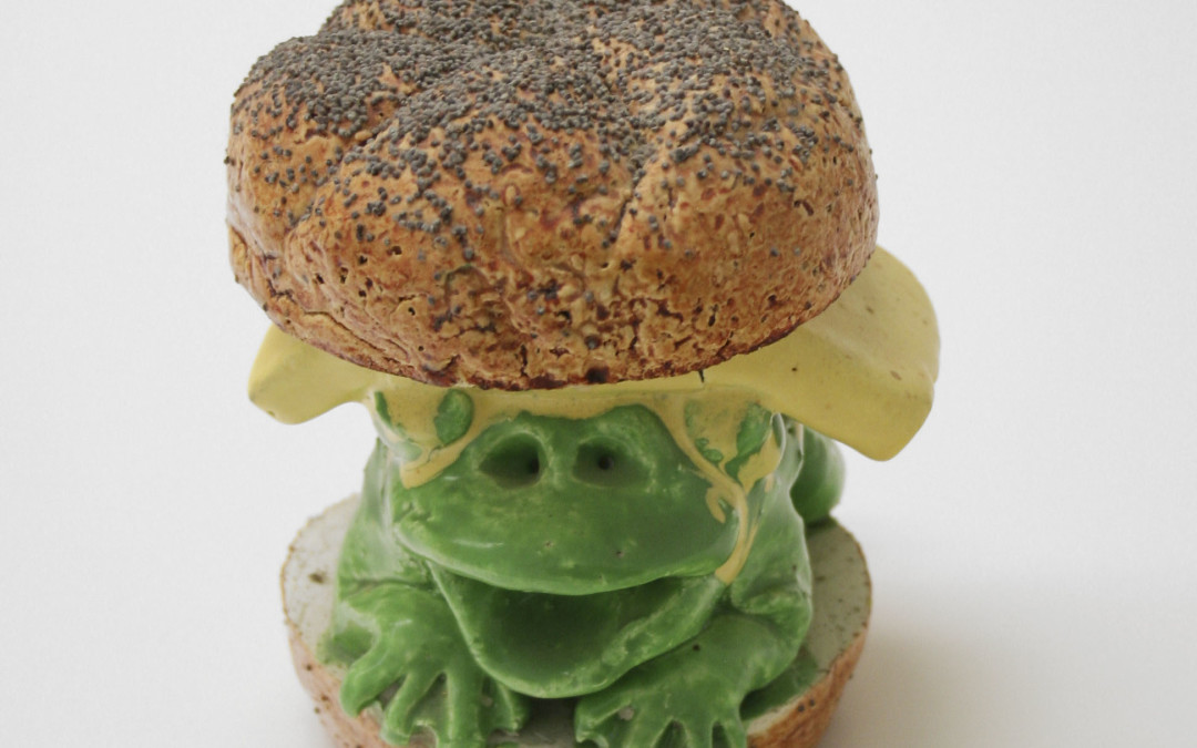 Gilhooly, David – Frog Cheeseburger On Kaiser Roll